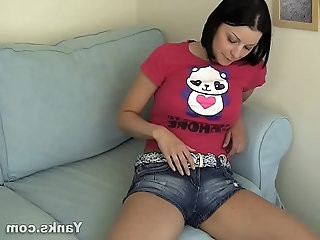 Yanks Brunette Eden Cums In Her Shorts