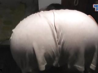 Ultra Round Ass Teen with her dress inside her ass. Nice cameltoe in tight leggi