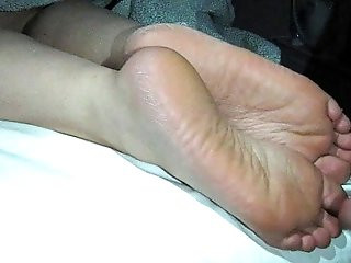 Cumming On Girlfriends Feet